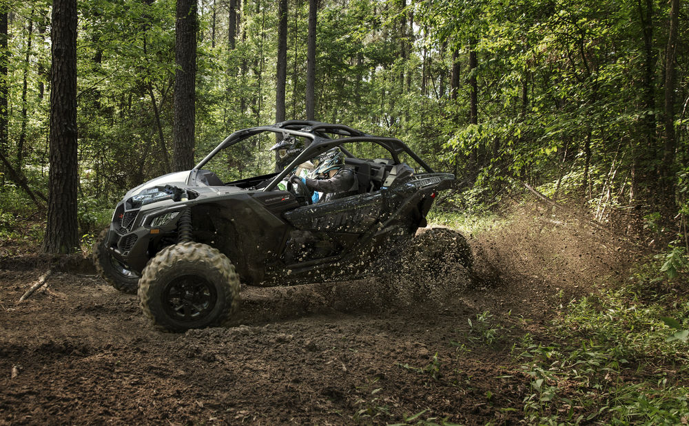 The Can-Am Maverick X3 X ds package
